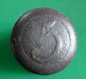 Knoflíky nalezení detektorem kovů