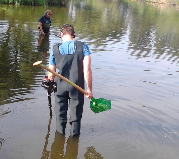 Hledání s detektory kovů ve vodě