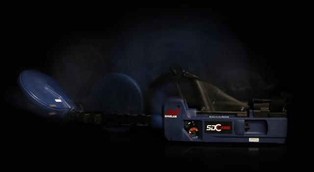 Detektor kovů Minelab SDC ukázka rozkládání